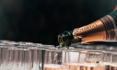 szampan rozlewany do kieliszków