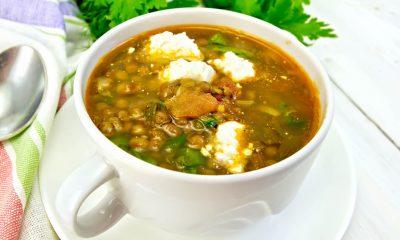 Smaczna i pożywna zupa z soczewicy