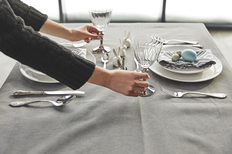 dekoracja-stolu-obrus