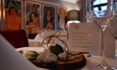 Dekoracja stołu w restauracji L'entre Villes
