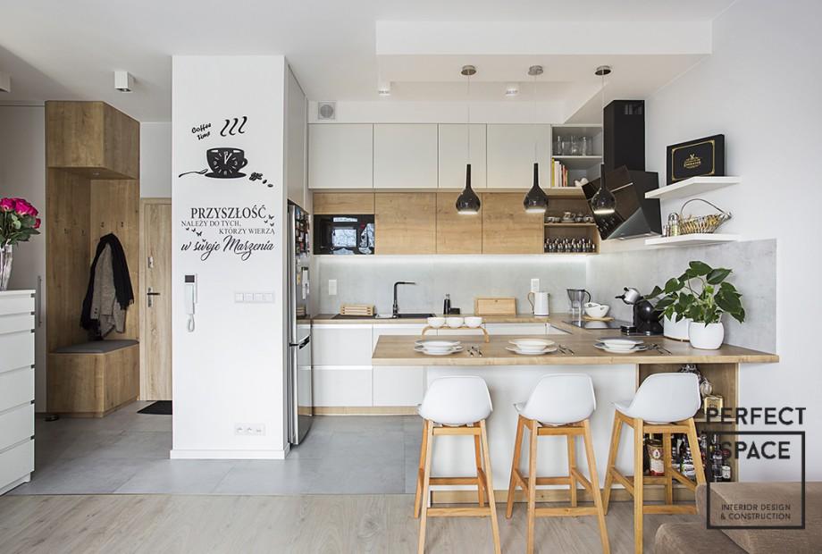 kuchnia otwarte polki na widelcu